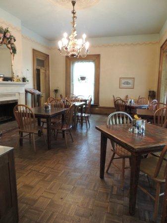 Seven Wives Inn : Breakfast room