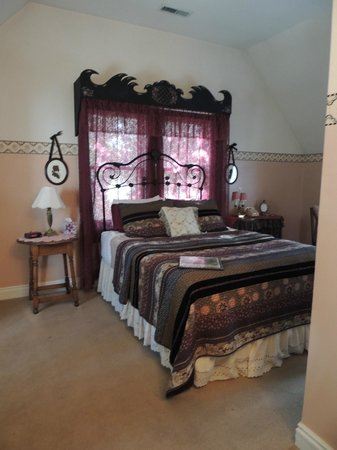 Seven Wives Inn: Room opposite Harriet (1st floor)
