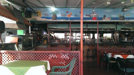 dtaed deco restaurant - Picture of Bungalows Vista Oasis ...