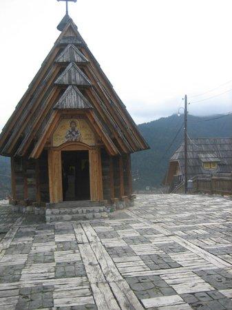Mecavnik: Church, Svetlana Milenkovic