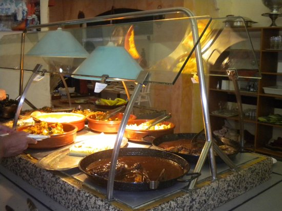 Mar i Cel Hotel : Le buffet chaud