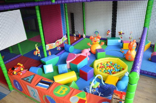The Good Play Cafe: Younger childs play area