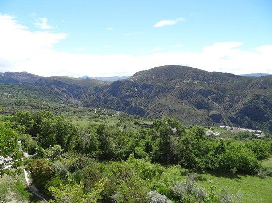 Hotel La Oveja Verde de La Alpujarra: vue depuis la terrasse (1er étage)