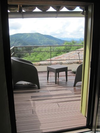 La Petite Cour Verte: terrasse de la chambre