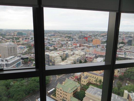 เมริตัน เซอร์วิส อพาร์ทเมนท์ - อาดิเลด สตรีท: view from bedroom 32nd floor