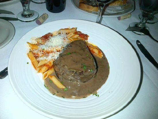 Arturo's : Pepper Steak,  Fillet mignon. Pasta did come on a second Plate, I slid it on with the steak. So