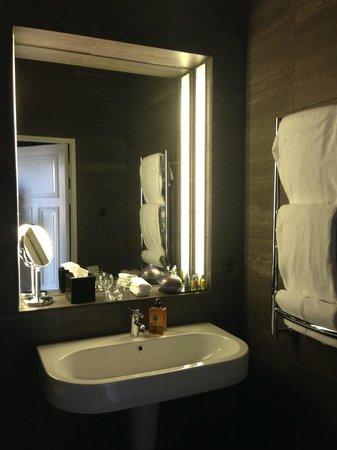 Lydmar Hotel: Ванна