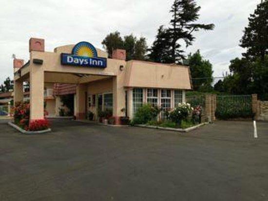 Days Inn King City: Entrance