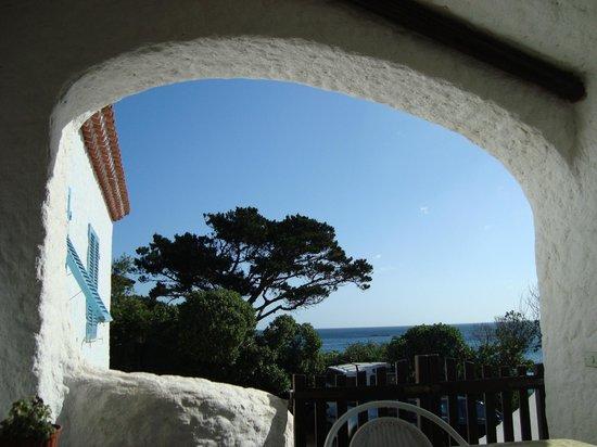 B&B Cala Peticchia: Sur la terrasse