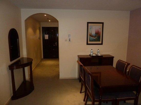 Baity Hotel Apartments: Main Entrance