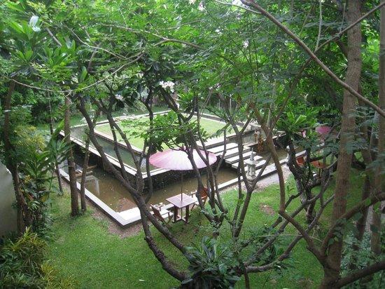 โรงแรมโพธิ ศิรีนทร์: uitzicht vanaf ontbijtruimte