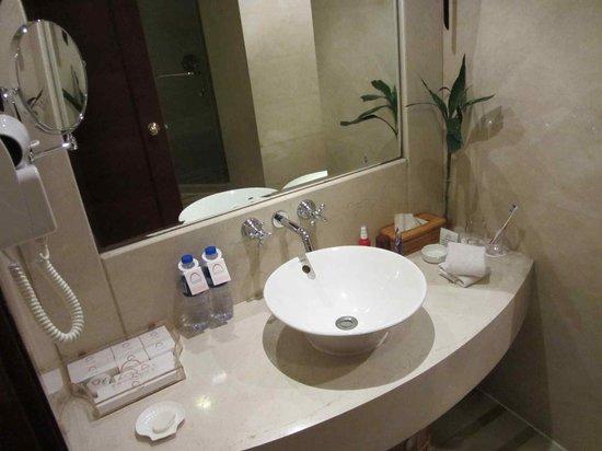 Fu Hong International Hotel: bowl
