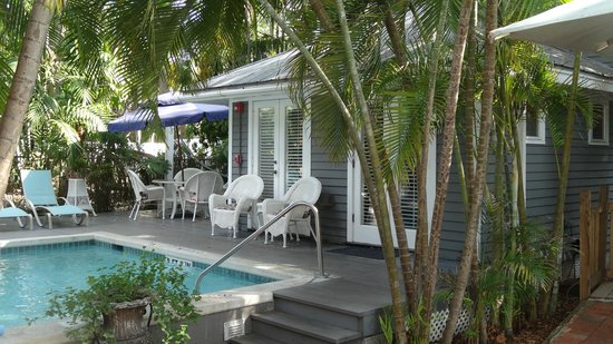 Ambrosia Key West Tropical Lodging: One of the bungalows that shares a pool