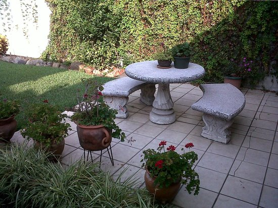 Dai Nonni Hotel : jardin