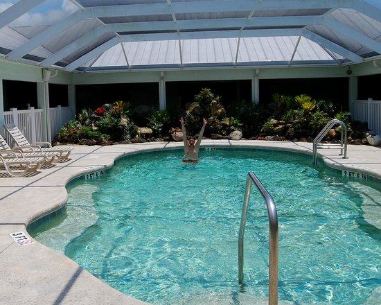 Ivey House: Inside Pool