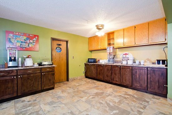 Travelodge Loveland/Fort Collins Area: Breakfast area
