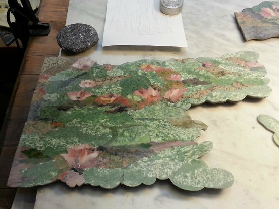 I Mosaici Di Lastrucci: Closeup of one of the Waterlilies chunks