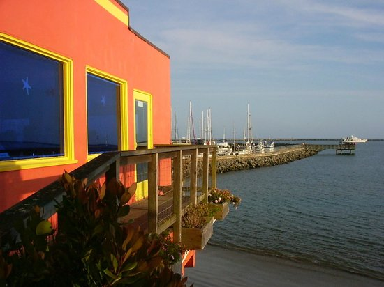 Barbara's Fishtrap: The View at Barbaras