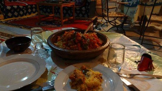Gite Kasbah La Palmeraie: Repas du soir