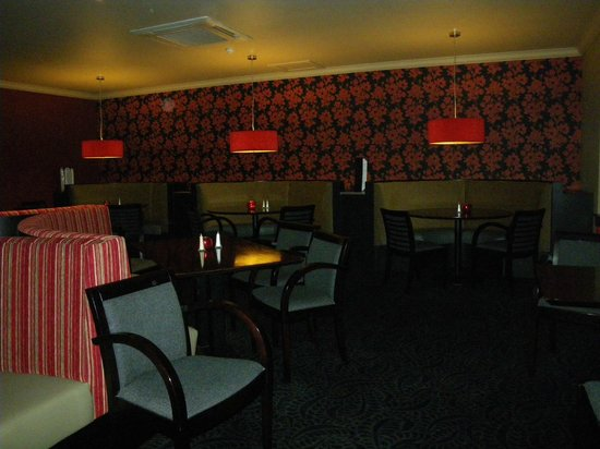 The Dumbuck House Hotel: Recently refurbished dining room