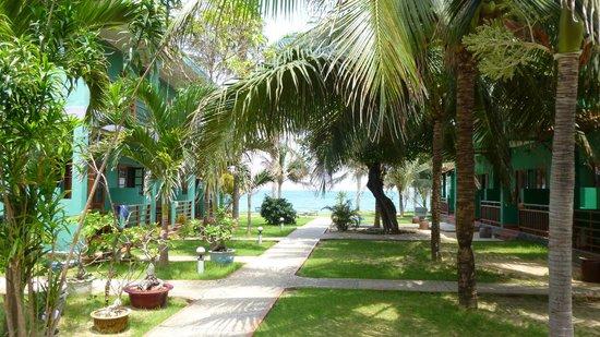 Hiep Hoa Resort : Blick vom Restaurant zum Strand