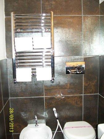 Hotel Caprice: salle de bain