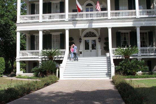 Noble Inns - The Oge House, Inn on the Riverwalk : In front of the Oge House.