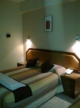 Pyramos Hotel: Bed