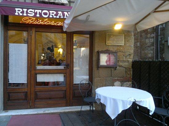Front door Ristorante Ai Quattro Venti Montepulciano (SI)