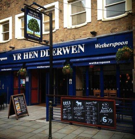 Yr Hen Dderwen Wetherspoons