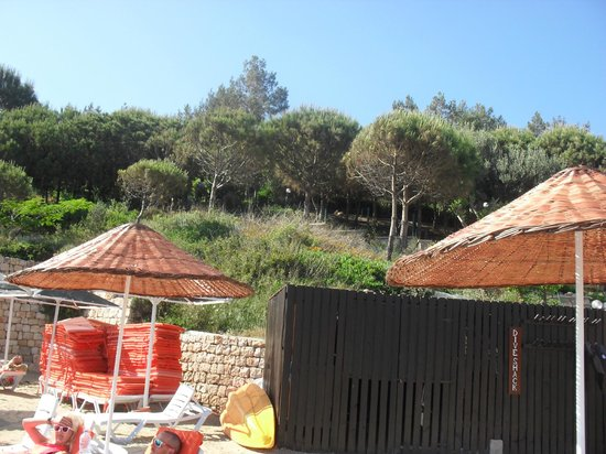 Teos Village: loking at the hills from the beach