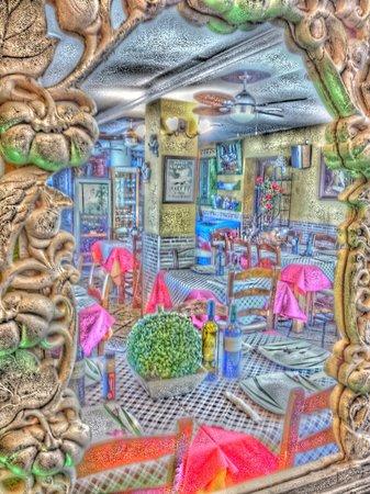 Restaurante Titoyayo: la barra. ¡ peculiarr¡