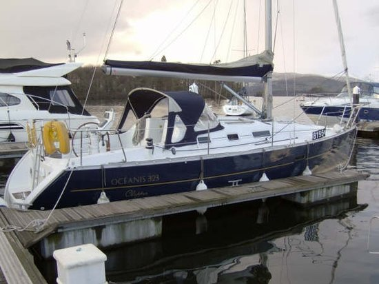 Sail 'n' Dine : Windermere's No.1 Sailing Experience