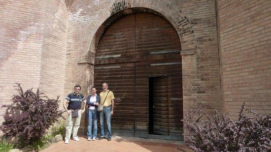 Tenuta Valdipiatta : In front of the wine cellar...