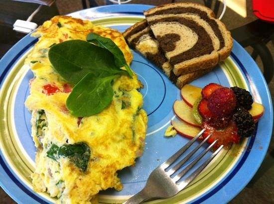 Wraps On Main : super nice tomato spinach omelette