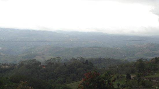 Vista Valverde Bed & Breakfast: View of San Ramon Valley at Dusk