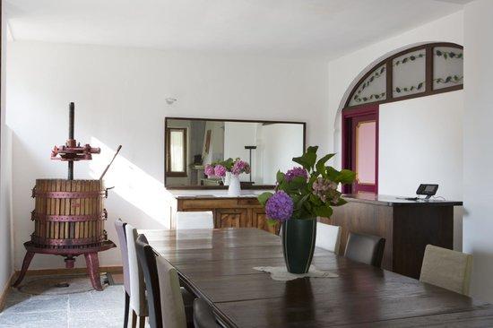 La Giulina Agriturismo: angolo sala da pranzo