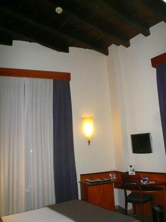 H10 Raco Del Pi: Room 104