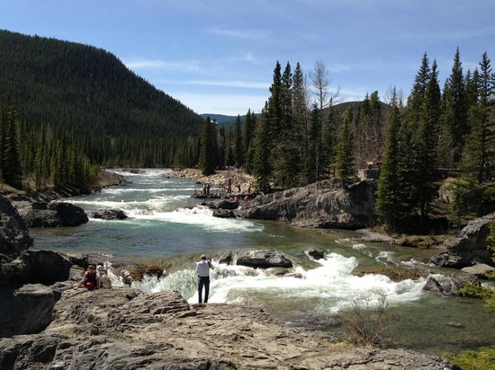 Elbow Falls Provincial Recreation Area: Top of Elbow Falls & upstream...