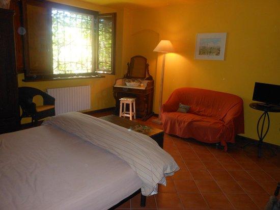 Cascina la Maddalena Bed & Wine: la camera