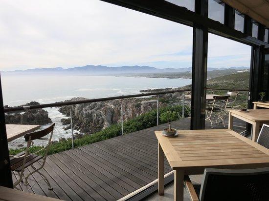 Cliff Lodge: Deck View