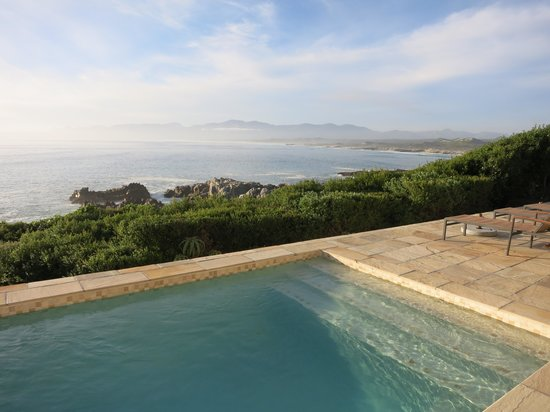 Cliff Lodge: Pool Deck View