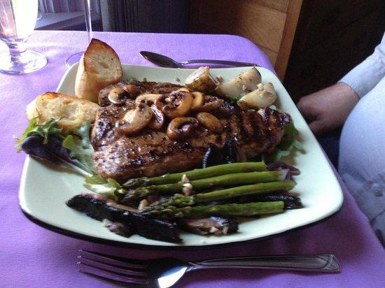 Valentino's Ristorante: Steak