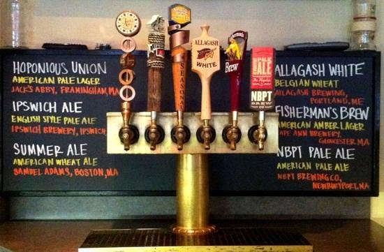 The Gloucester House Restaurant: Local and New England beers on draft.