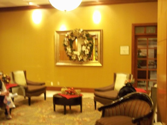 Hotel Executive Suites: Waiting area