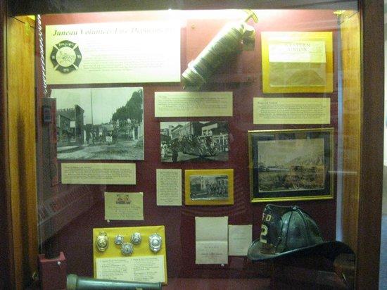 Juneau-Douglas City Museum: Interior