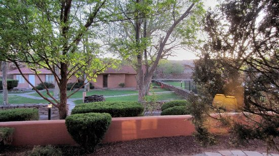 Holiday Inn Canyon de Chelly: Courtyard View