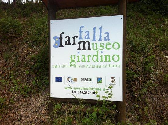 Cessapalombo, อิตาลี: getlstd_property_photo