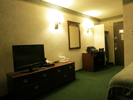 Ramada Plaza Portland: The room
