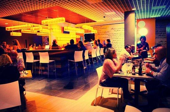 Mugs Restaurant: getlstd_property_photo